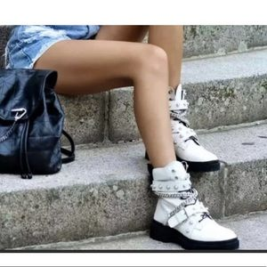Zara genuine leather pearl chain moto ankle boots